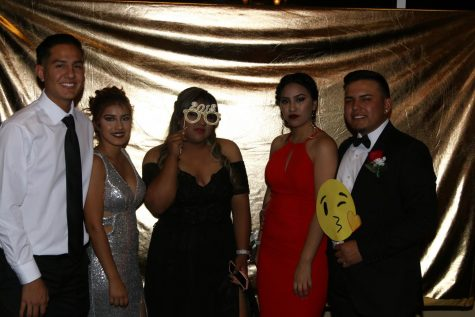 "Prom ""Masquerade"" Photo Booth"