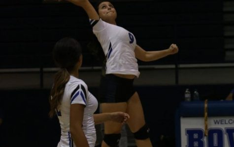 Volleyball Looks to Finish Second Half of Season Strong