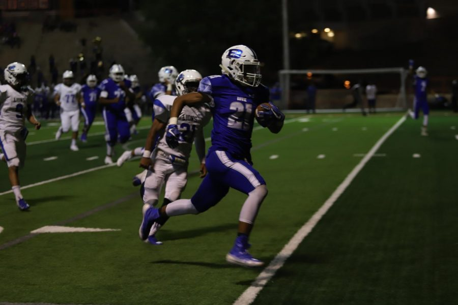 Nathan Felix's game-winning touchdown gave Bowie a 7-6 win Friday night.