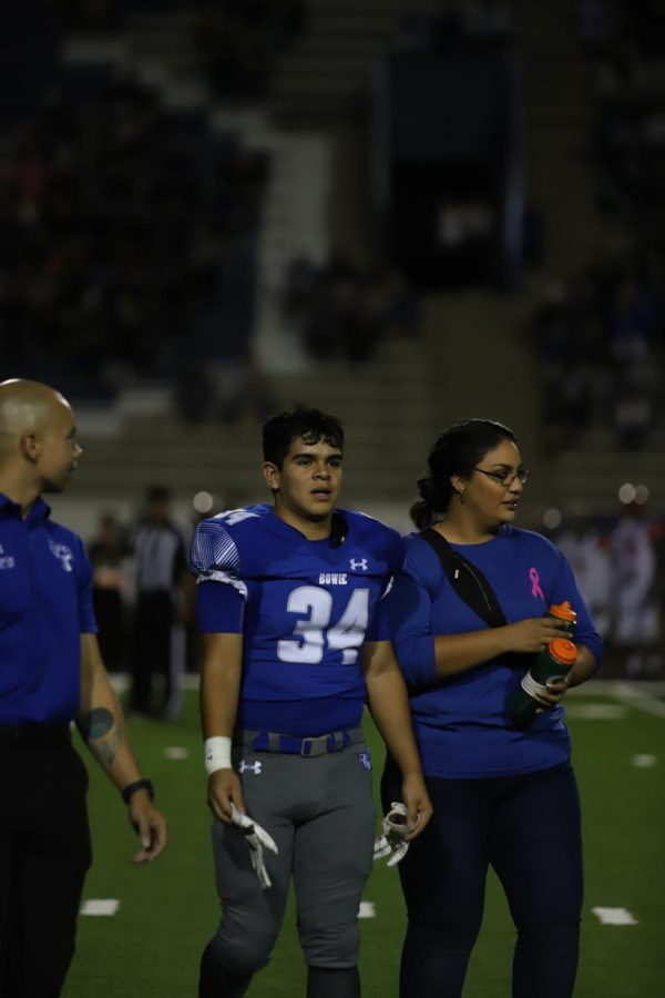 092719_Trainers_VFball_EPHS_ES_018