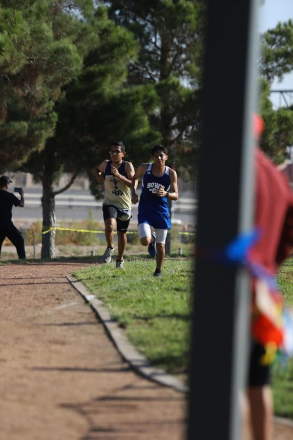 Dylan Espinoza is the First Male Cross country Athlete to Qualify to Regionals Back to Back in Over 10 Years