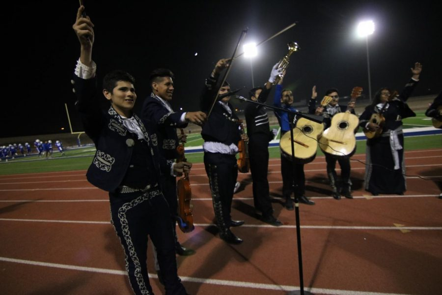 Mariachis Big Competition