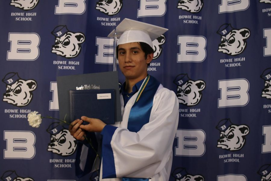 2020 Graduation Posed Photos